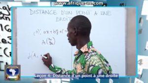 Maths 4 distance d'un point
